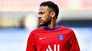 Neymar est sous contrat avec le PSG jusqu'en juin 2022.