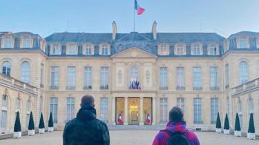 Youtube Kylian Mbappé, Donald Trump, Nigeria... les anecdotes d'Emmanuel Macron dans la vidéo de Mcfly et Carlito
