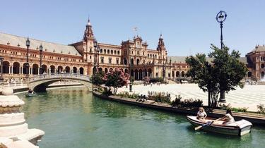 La célèbre place d'Espagne à Séville.