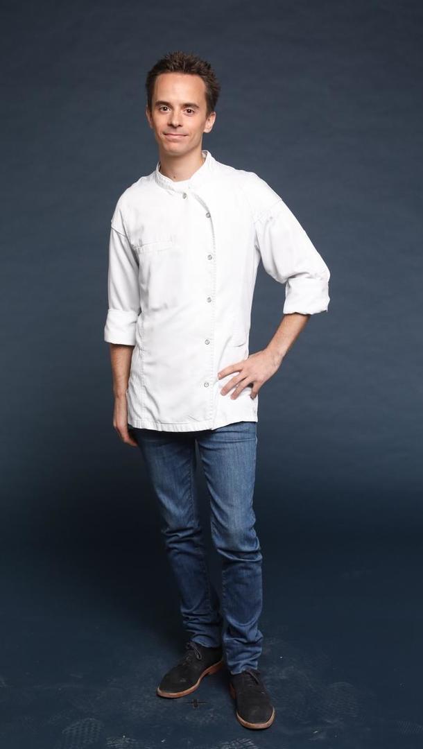 SÉBASTIEN OGER Chef privé home cooking expérience « O'2 Sens » (Belgique), 30 ans, Namur (Belgique).  Après plusieurs années d'expérience dans des restaurants étoilés de Belgique, Sébastien a choisi de devenir indépendant ; Il est aujourd'hui chef privé et apporte la gastronomie étoilée auprès de particuliers. Il est aussi le chef privé d'un grand centre événementiel à Bruxelles.