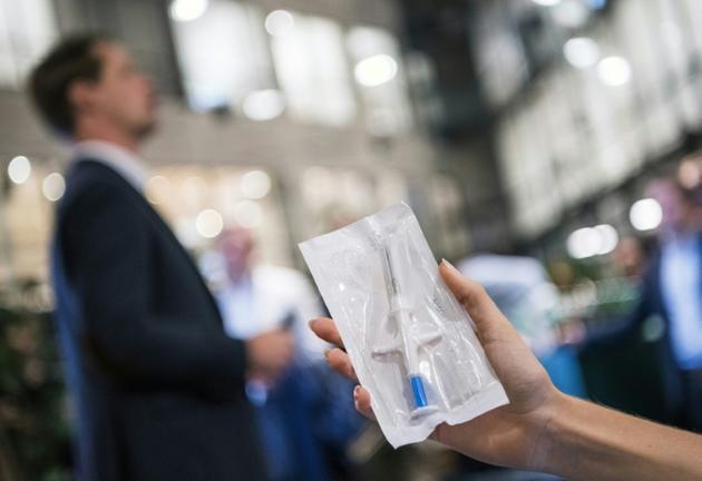 Il existe 3.000 adeptes de cette nouvelle technologie, en Suède [Jonathan NACKSTRAND / AFP]