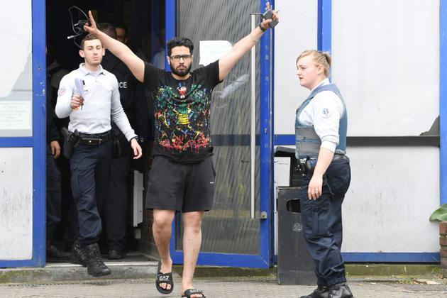 Jawad Bendaoud à la sortie du tribunal de Bobigny le 25 avril 2018  [Alain JOCARD / AFP/Archives]