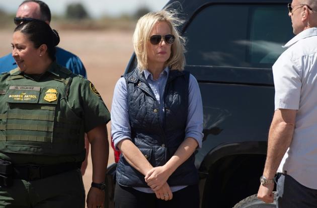 Kirstjen Nielsen, alors ministre de la Sécurité intérieure des Etats-Unis, le 5 avril 2019 à Calexico, à la frontière entre les Etats-Unis et le Mexique [SAUL LOEB / AFP]