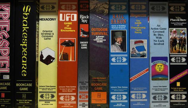 Collection de jeux de société conservée aux archives Bayerisches Spielearchiv des jeux de société, à Munich (sud de l'Allemagne), le 12 décembre 2018 [Christof STACHE / AFP]