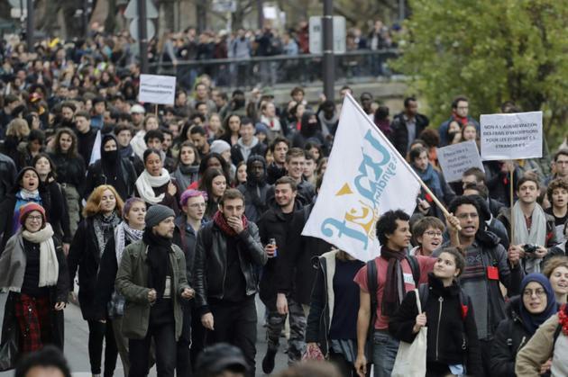 Manifestation de lycéens, le 6 décembre 2018 à Paris [Thomas SAMSON / AFP]