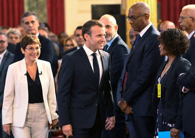 Emmanuel Macron  et la ministre des Outre-mer Annick Girardin le 28 juin 2018 à l'Elysée [BERTRAND GUAY / POOL/AFP]