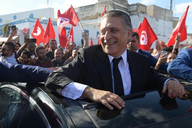 Le candidat à la présidentielle tunisienne Nabil Karoui rencontre ses partisans à Bizerte, dans le nord de la Tunisie, le 11 octobre 2019 [FETHI BELAID / AFP]