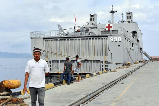 Le navire-hôpital KRI Soeharso amarré à Palu le 6 octobre 2018. [ADEK BERRY / AFP]