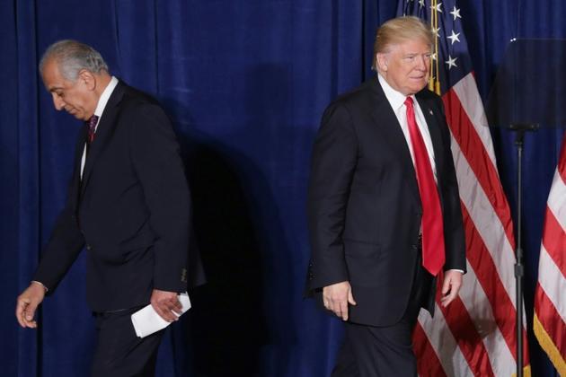Donald Trump, alors candidat à la présidentielle, et l'actuel négociateur américain Zalmay Khalilzad en avril 2016 à Washington  [CHIP SOMODEVILLA / GETTY IMAGES NORTH AMERICA/AFP/Archives]