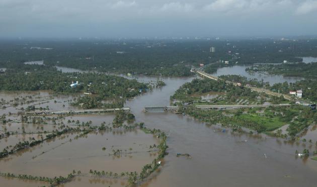 Vue des quartiers du nord de la ville de Cochin, dans l'Etat du Kerala, le 18 août 2018, après le passage des pluies diluviennes [- / AFP]