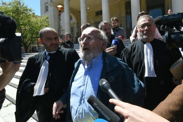 Jean-Claude Mas à sa sortie du tribunal d'Aix-en-Provence, le 2 mai 2016 [BORIS HORVAT / AFP/Archives]