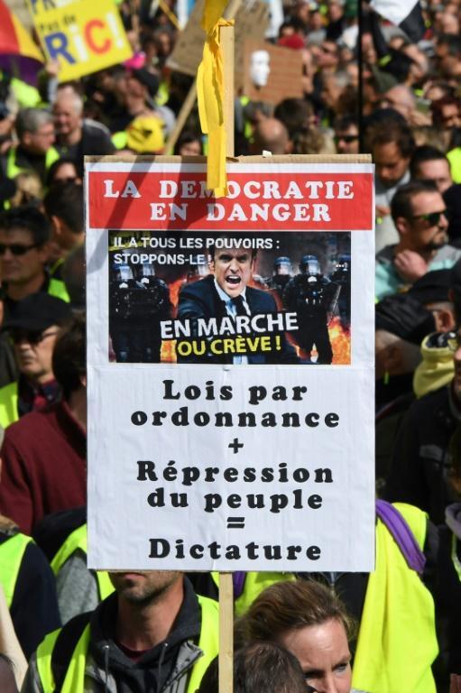 """Manifestation de """"gilets jaunes"""" à Bordeaux, le 16 mars 2019 [MEHDI FEDOUACH / AFP]"""