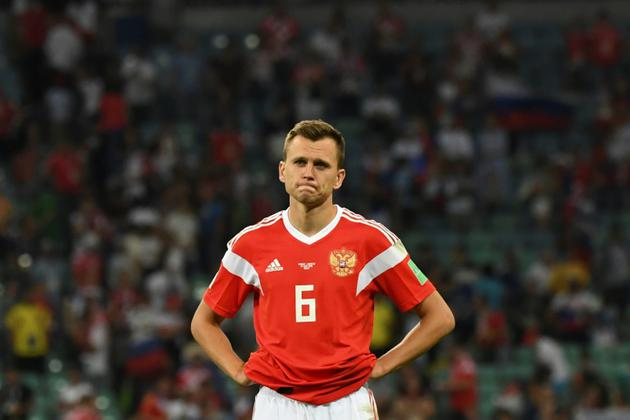 Le milieu russe Denis Cheryshev abattu après la défaite en quart de finale du Mondial le 7 juillet 2018 [Kirill KUDRYAVTSEV / AFP]