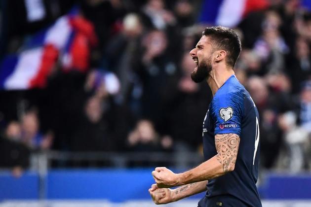 L'attaquant des Bleus Olivier Giroud exulte après avoir inscrit sur penalty le but de la victoire face à la Moldavie en qualif pour l'Euro-2020 au Stade de France, le 14 novembre 2019  [FRANCK FIFE / AFP]