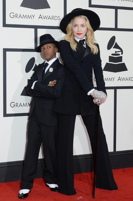 Madonna avec son fils David Banda Mwale Ciccone Ritchie au Grammy Awards, le 26 janvier 2014 à Los Angeles [Jason Merritt / Getty/AFP/Archives]