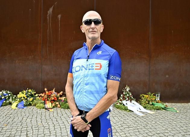 L'Israélien né en Russie Tom Shenbrun, 50 ans, à la veille de l'ultra-marathon de la mémoire, à Berlin le 16 août 2019 [Tobias SCHWARZ / AFP]