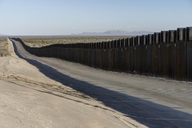 Une partie de la clôture frontalière entre les Etats-Unis et le Mexique, près de Santa Teresa dans l'Etat du Nouveau-Mexique, le 23 décembre 2018 [Paul Ratje / AFP/Archives]