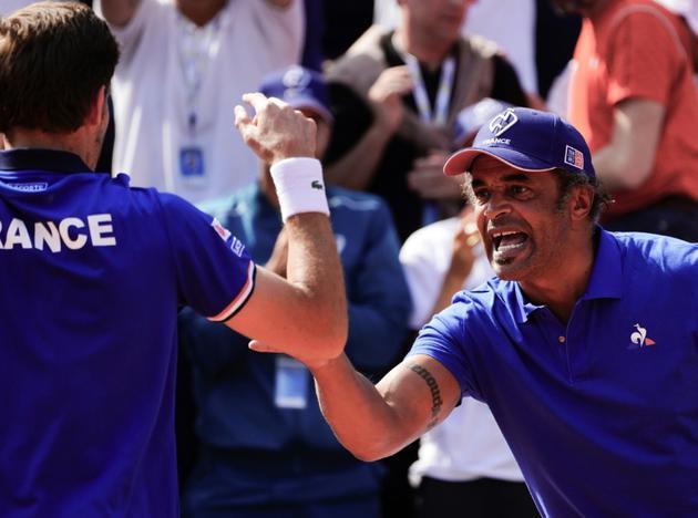 Yannick Noah alors capitaine de l'équipe de France de Coupe Davis, lors du double des quarts de finale face à l'Italie, le 7 avril 2018 [Vincenzo PINTO / AFP/Archives]