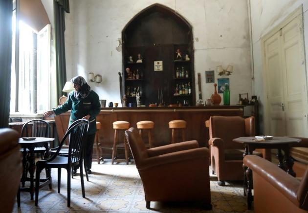 L'hôtel, qui vit passer Charles Aznavour, le milliardaire américain Rockefeller et Charles de Gaulle, n'a plus accueilli de clients depuis sept ans  [LOUAI BESHARA / AFP]