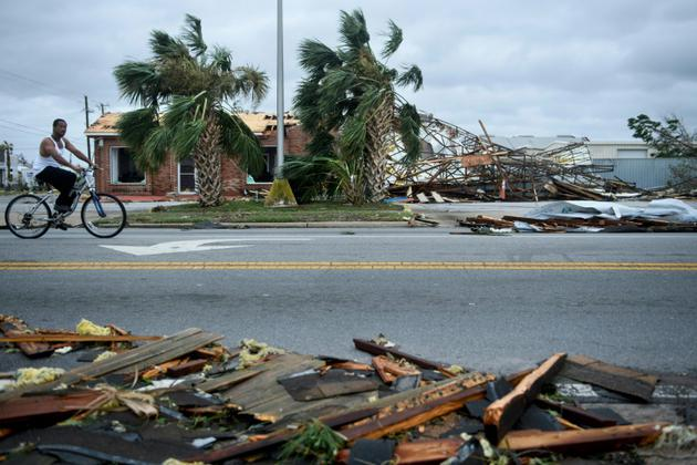 Les dommages causés par le passage de l'ouragan Michael dans la ville de Panama city (Floride) le 10 octobre 2018. [Brendan Smialowski / AFP]