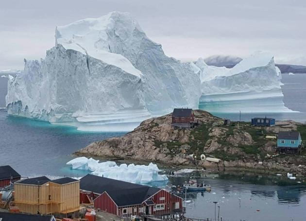 Le réchauffement climatique se poursuit sans relâche, entrainant une élévation du niveau de la mer, l'acidification des océans et la fonte de la banquise et des glaciers [MAGNUS KRISTENSEN / Ritzau Scanpix/AFP/Archives]