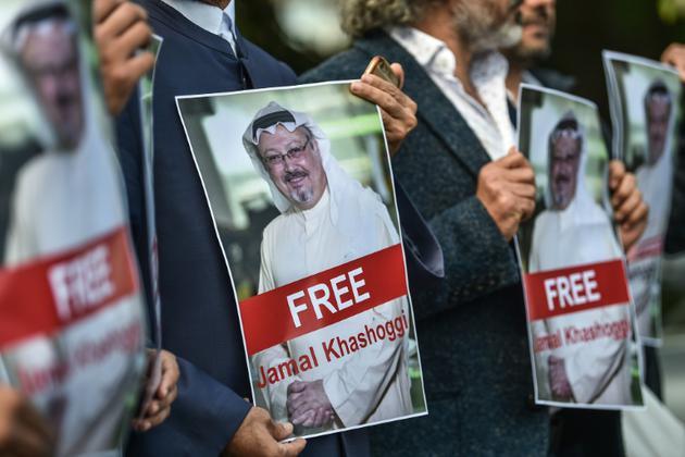 Manifestation en faveur du journaliste saoudien Jamal Hashoggi, devant le consulat saoudien à Istanbul, le 5 octobre 2018. [OZAN KOSE / AFP/Archives]
