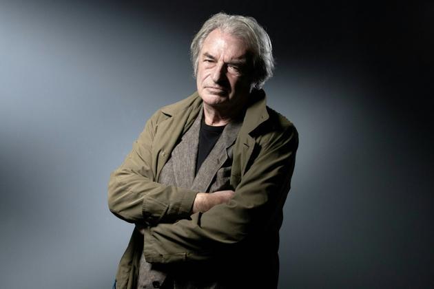 L'écrivain français Olivier Rolin, en octobre 2019 à Paris [JOEL SAGET / AFP/Archives]