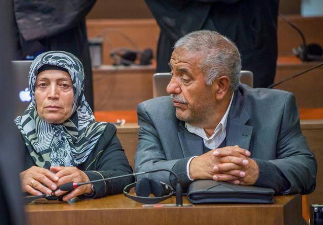 """Ayse et Ismail Yozgat, parents d'Halit Yozgat, victime du groupuscule """"Clandestinité nationale-socialiste"""" (NSU), au tribunal de Munich le 11 juillet 2018 [Peter Kneffel / dpa/AFP]"""