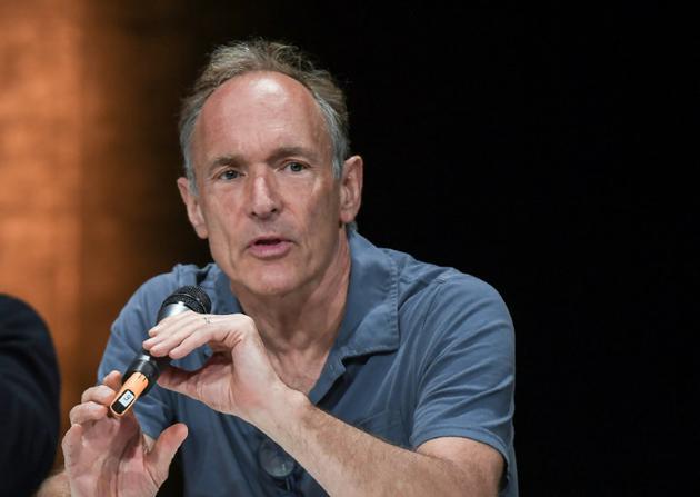 L'inventeur du web, le scientifique britannique Tim Berners-Lee, à Lyon, le 26 avril 2018 [PHILIPPE DESMAZES / AFP/Archives]