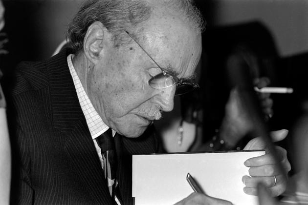 L'écrivain Maurice Genevoix en 1971 à Paris [- / AFP/Archives]