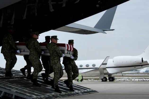 Retour des dépouilles de quatre soldats américains tués en Syrie, le 19 janvier 2019 à Dover (Delaware)  [Brendan Smialowski / AFP]