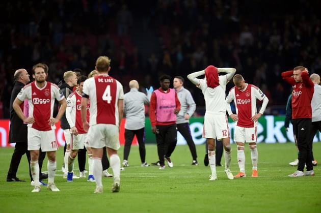 Le désespoir des joueurs de l'Ajax éliminés dans le temps additionnel par Tottenham en demi-finale retour de Ligue des champions, le 8 mai 2019 à Amsterdam [JOHN THYS / AFP]