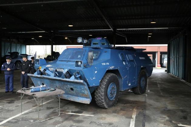 L'un des véhicules blindés de la gendarmerie qui seront déployés samedi dans la capitale française, présenté à la presse le 7 décembre 2018 à Versailles, à l'ouest de Paris. [Arnaud Journois / POOL/AFP]