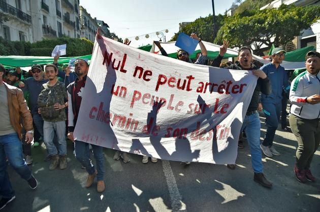Manifestation à Alger contre un 5e mandat du président Abdelaziz Bouteflika le 1er mars 2019 [RYAD KRAMDI                         / AFP]