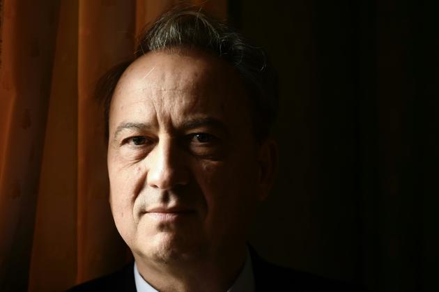 L'écrivain français Jean-Luc Coatalem, en novembre 2017 à Paris [Philippe LOPEZ  / AFP/Archives]