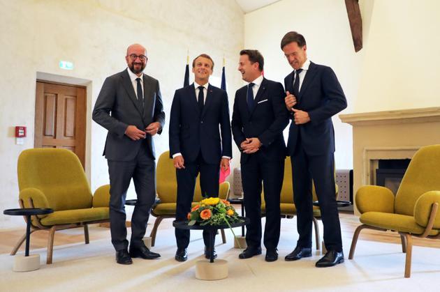 Emmanuel Macron en compagnie des Premier ministres belge Charles Michel, luxembourgeois Xavier Bettel, et néerlandais Mark Rutte, lors d'une conférence de presse au Luxembourg le 6 septembre 2018 [LUDOVIC MARIN / POOL/AFP]