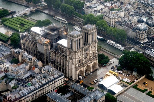 Photo aérienne prise de Notre-Dame de Paris, le 12 juin 2019 [Lionel BONAVENTURE / AFP/Archives]