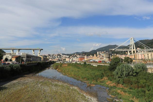 Le viaduc de Morandi à Gênes s'est effondré, le 14 août 2018 [Valery HACHE / AFP]