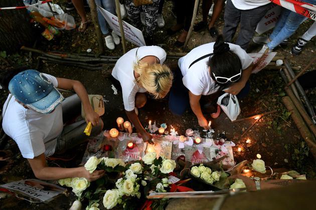 Hommage à Vanesa Campos dans le Bois de Boulogne où elle a été assassinée, le 24 août 2018 [Lionel BONAVENTURE / AFP]
