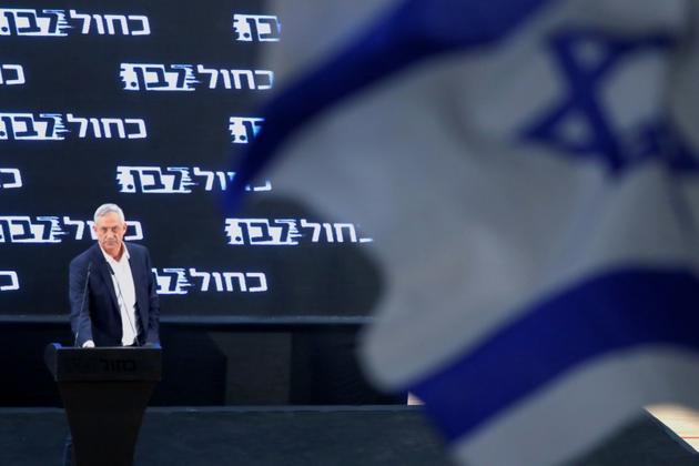 Le général à la retraite Benny Gantz, principal rival du Premier ministre Benjamin Netanyahu pour les législatives du 9 avril, lors d'une réunion publique à Rosh Haayin le 6 avril 2019 [JACK GUEZ / AFP/Archives]