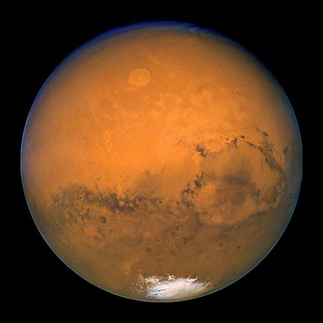 La planète Mars, photographiée par le télescope spatial Hubble et rendue publique le 27 mars 2003 par la Nasa [HO / NASA/AFP/Archives]