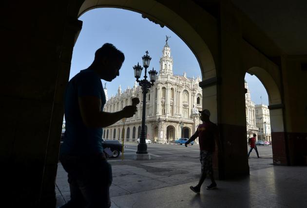 Parmi les bâtiments qui sortent du lot, le Grand théâtre de La Havane, siège du Ballet national de la danseuse étoile Alicia Alonso [YAMIL LAGE / AFP]