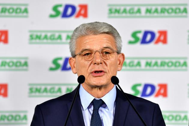 Sefik Dzaferovic, candidat du principal parti bosniaque (musulman) à la présidence collégiale de Bosnie, le 7 octobre 2018 à Sarajevo [Andrej ISAKOVIC / AFP]