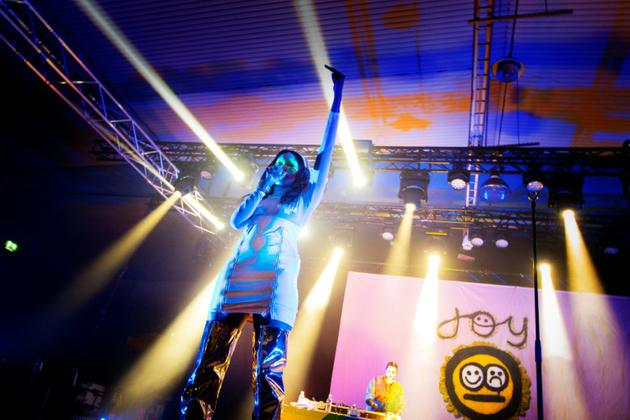La rappeuse suédpose Joy M'Batha se produit le 31 août 2018 lors du festival Statement réservé aux femmes et aux personnes transgenres. Photo TT News Agency / AFP [Frida WINTER / TT News Agency/AFP]