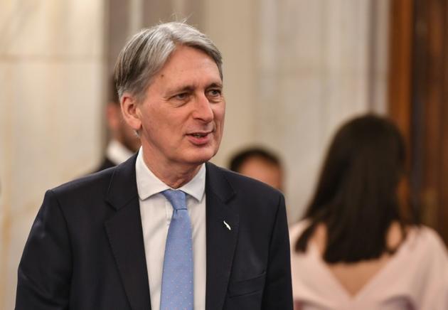 Le ministre des Finances Philip Hammond, à Bucarest le 5 avril 2019 [Daniel MIHAILESCU / AFP]