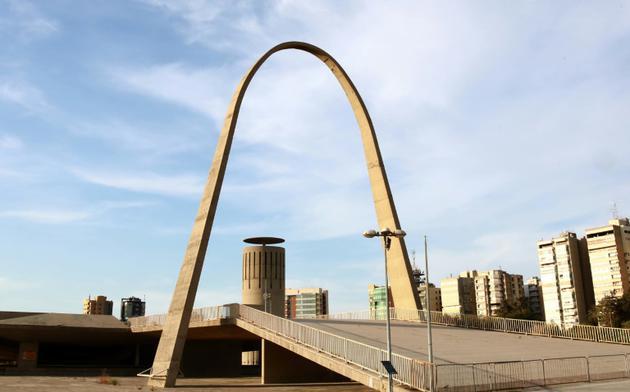 Une arche du site conçu par Niemeyer dans les années 60, le 3 octobre 2018  [ANWAR AMRO / AFP]
