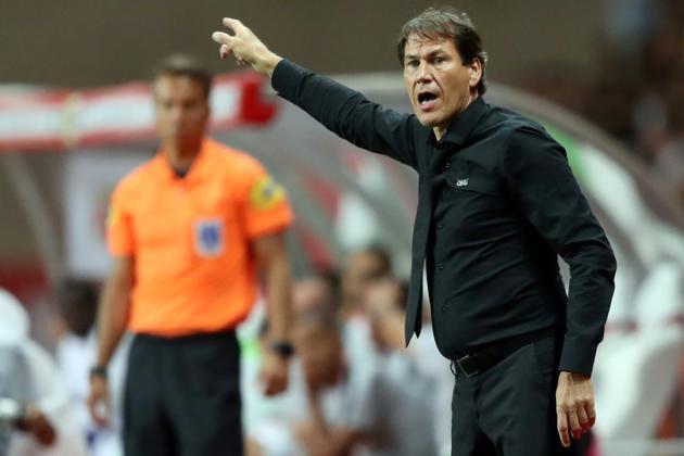 L'entraîneur de l'OM Rudia Garcia donne des instructions lors du match contre Monaco au stade Louis II, le 2 septembre 2018  [Valery HACHE / AFP/Archives]