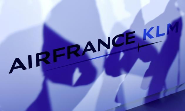"""Le nouveau patron d'Air France KLM, Benjamin Smith va investir la moitié de sa rémunération fixe, soit 450.000 euros par an, dans le capital du groupe pour afficher sa """"confiance"""" dans """"le futur succès"""" du groupe  [ERIC PIERMONT / AFP/Archives]"""