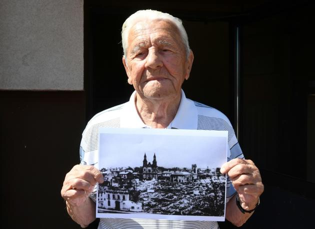 Tadeusz Sierandt, témoin du bombardement de la ville de Wielun en Pologne, le 20 août 2019 [Janek SKARZYNSKI / AFP/Archives]