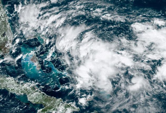 Image satellite d'une nouvelle dépression tropicale menaçant les Bahamas, le 12 septembre 2019 [Jose ROMERO / NOAA/RAMMB/AFP]
